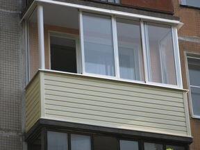 Холодное остекление балконов и лоджий алюминиевым профилем.