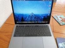 Macbook Pro 13 TouchBar 2019 + apple mouse 2