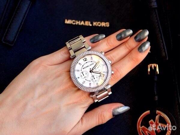 движется женские часы michael kors фото красивые ароматы имеют