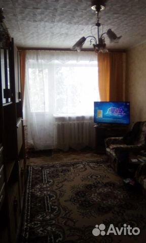 Продается двухкомнатная квартира за 1 200 000 рублей. Московская обл, г Можайск, село Семеновское, ул Победы, д 1.