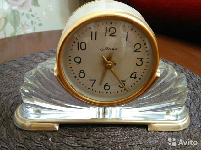 Маяк продам настольные часы стоимость часа москва фотограф