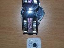 Продам женские часы со стразами — Часы и украшения в Омске