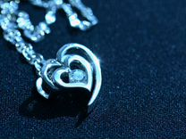 Кулон с бриллиантом с цепочкой из белого золота