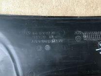 Накладка Mercedes GL X164 A1648300228