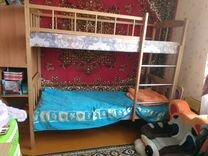 Двухьярусная кровать