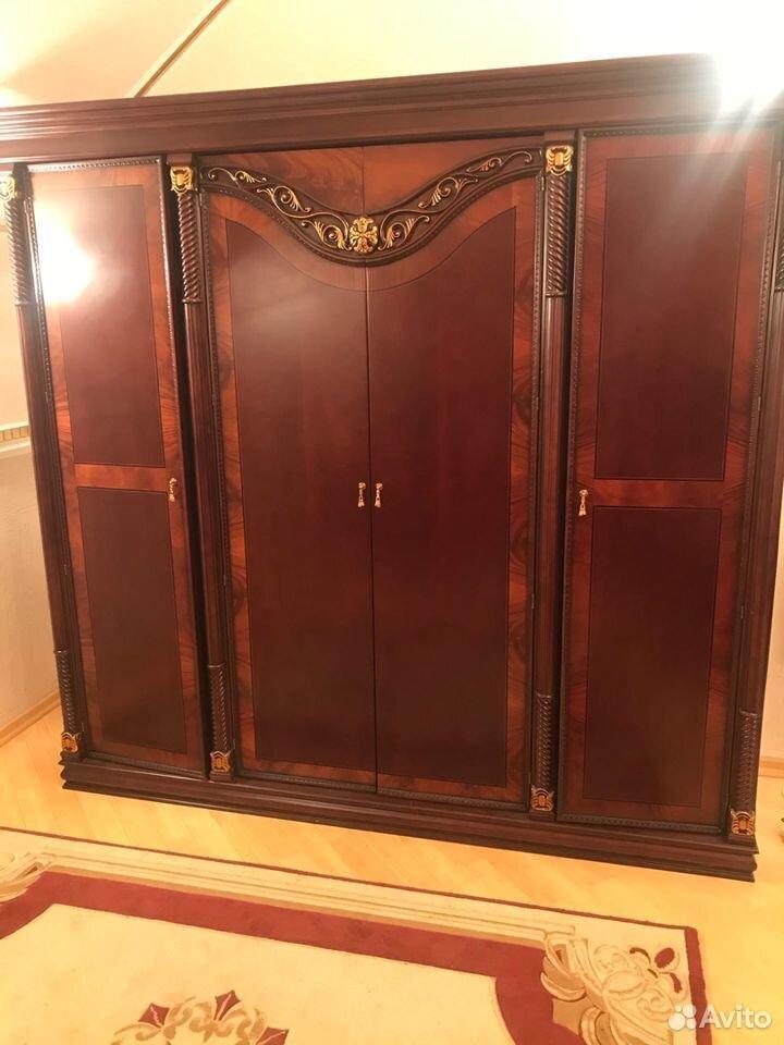 Шкаф трехсекционный Жозефина  89190516329 купить 2