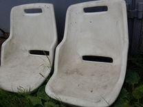 На катер сиденья пластиковые