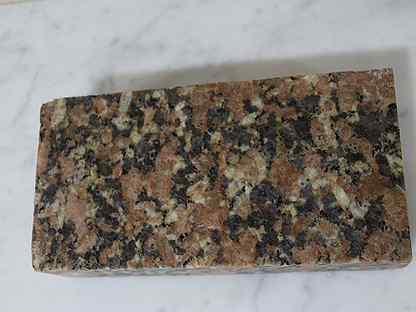 Гранитная брусчатка полнопиленая Южно-Султаевская
