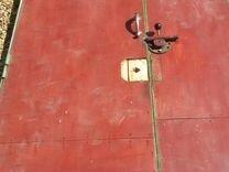 Ворота Гаражные с дверью готовые, металл СССР — Ремонт и строительство в Москве